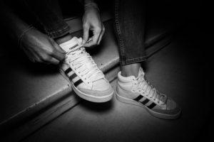 Delphine Dutheil shoes